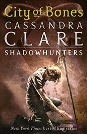 Mortal Instruments 1 : City of Bones - Clare, Cassandra